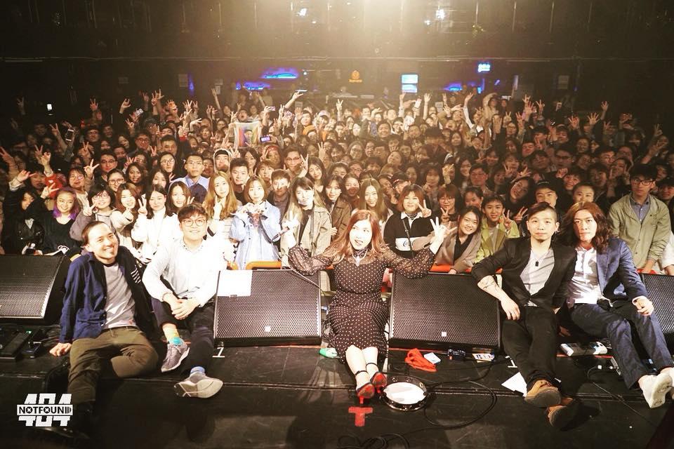 SH crowd