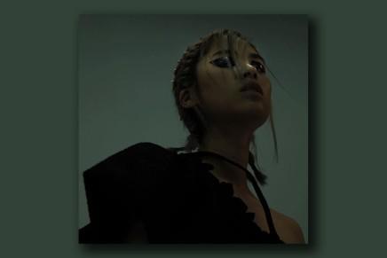 拒絕千人一面,擁抱「殘缺」:SOPHY王嘉儀發表新專輯《殘》